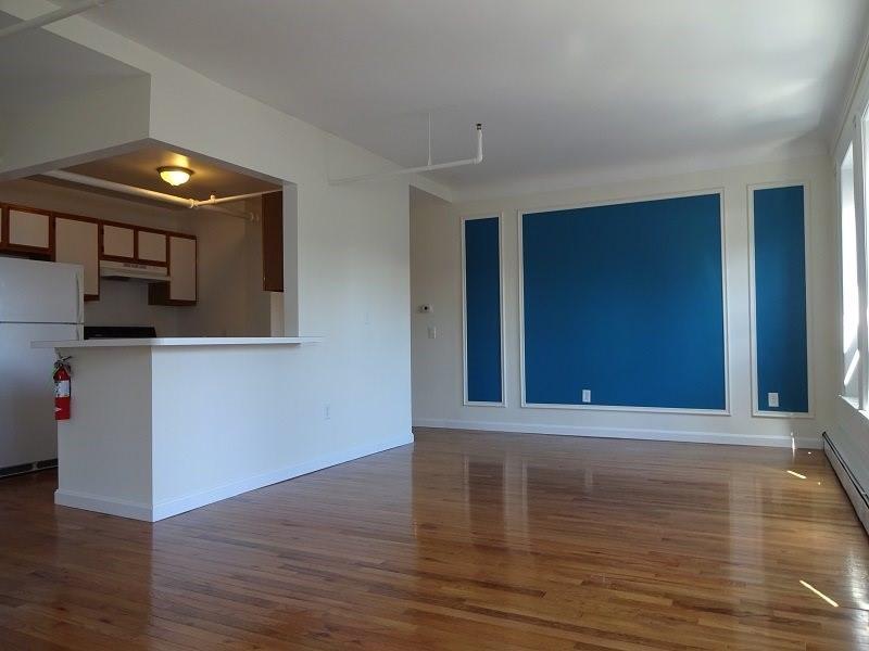 638 Congress Street – Apartment 405