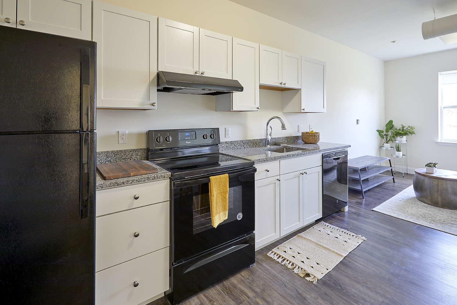 132 Marginal Way – The Linden – Apartment 344 **FREE Month! Courtyard View!!  **Short Term Lease Options!**