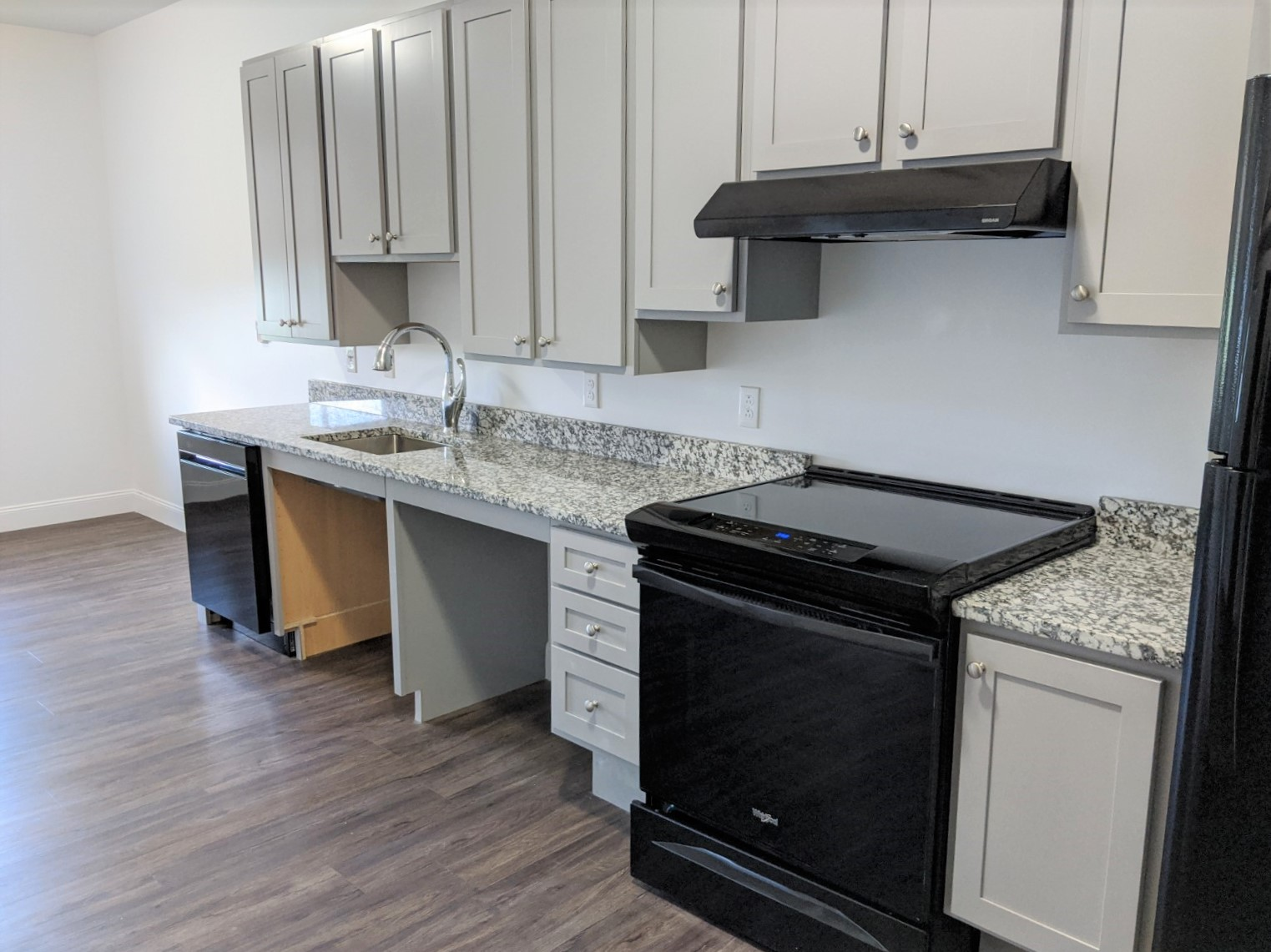132 Marginal Way – The Linden – Apartment 229  **Newly Remodeled ADA 1 Bed with Great Views!**