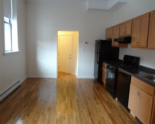 638 Congress Street – Apartment 117
