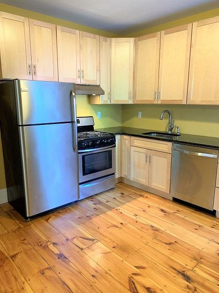 137-139 Neal Street – Apartment 2