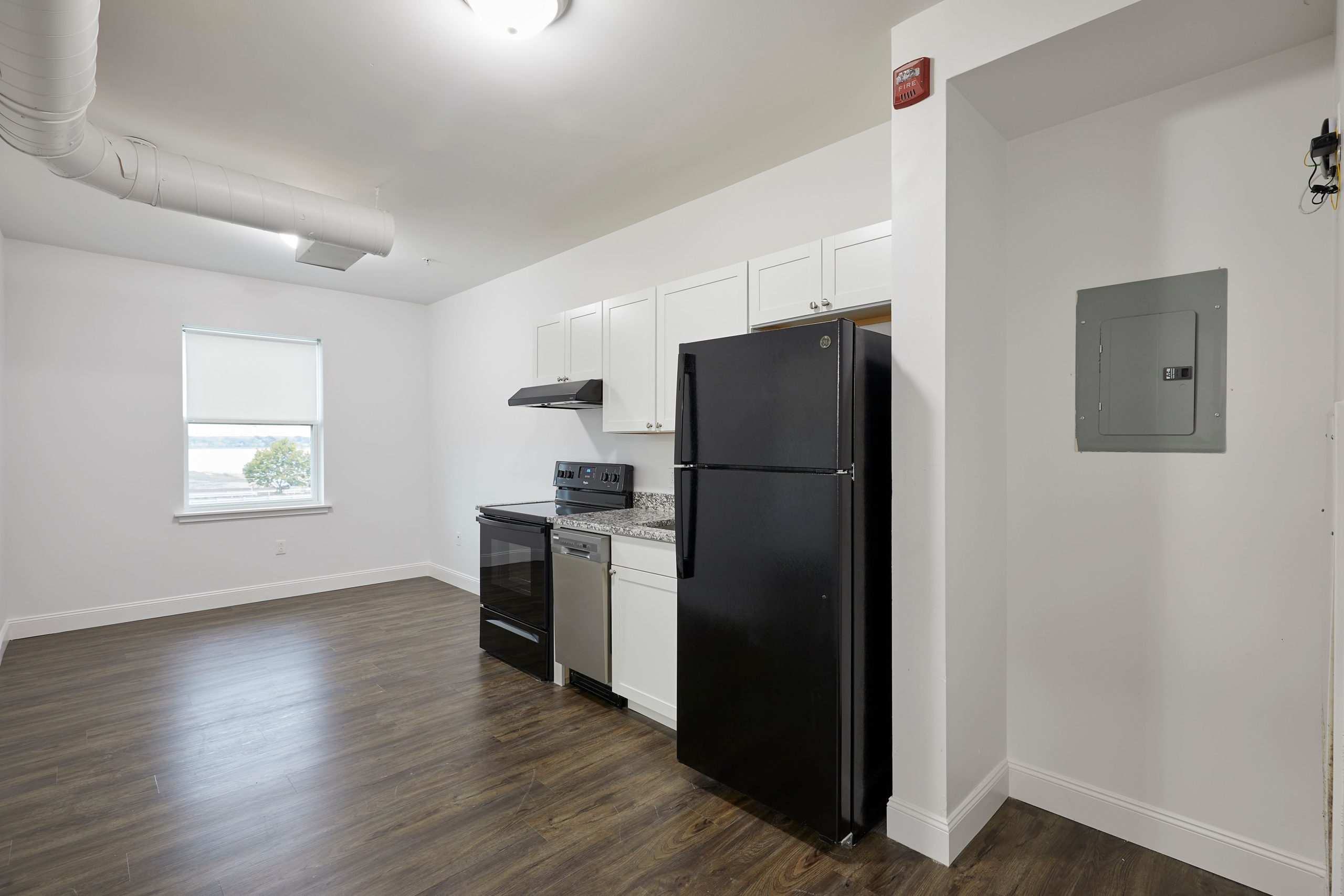 The Linden – Apartment 304  **Modern Remodel! In-Unit Laundry!**