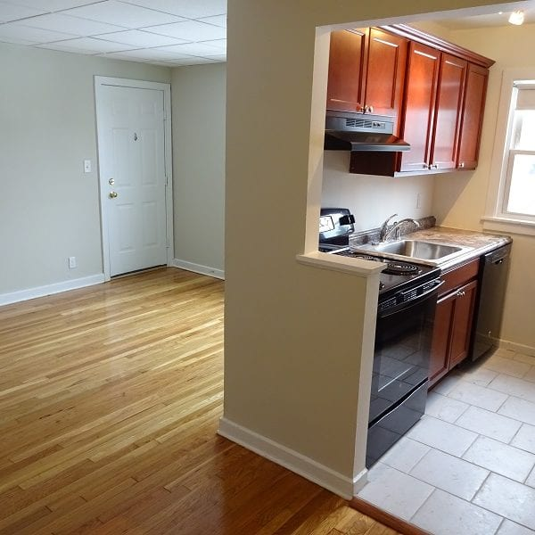 16 Walnut Street – Apartment 2 **$500 Move In Concession!**