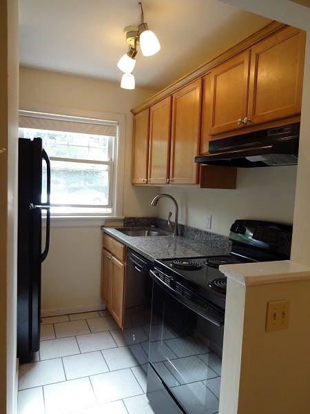 13 Montreal Street – Apartment 1