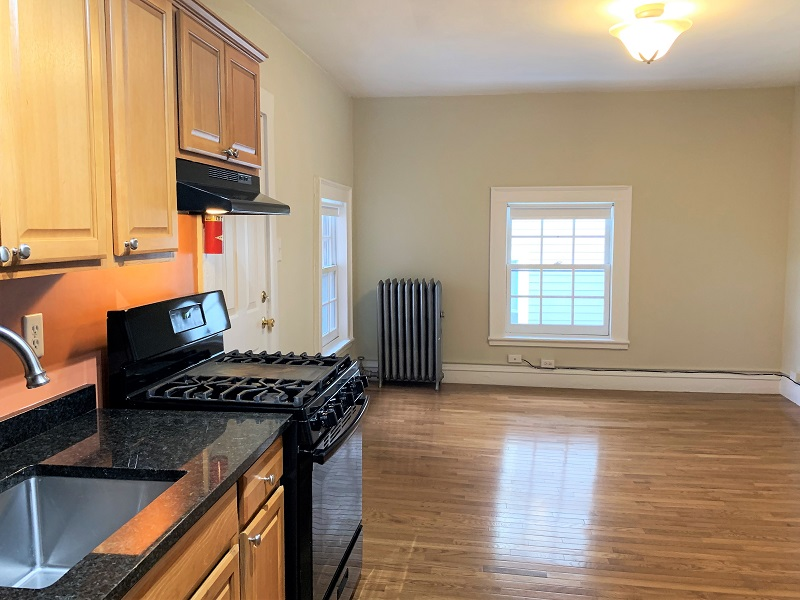 77 Danforth Street – Apartment 7- All Utilities INCLUDED!
