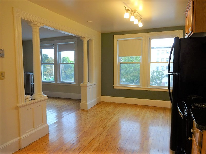 159 Grant Street – Apartment 11