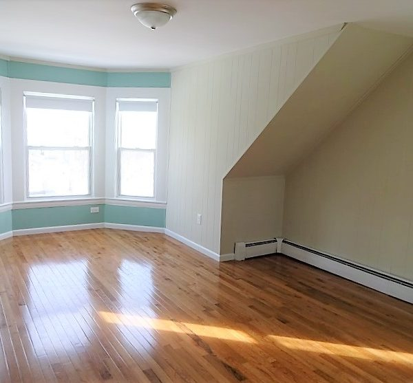 146 Clark Street – Apartment 3