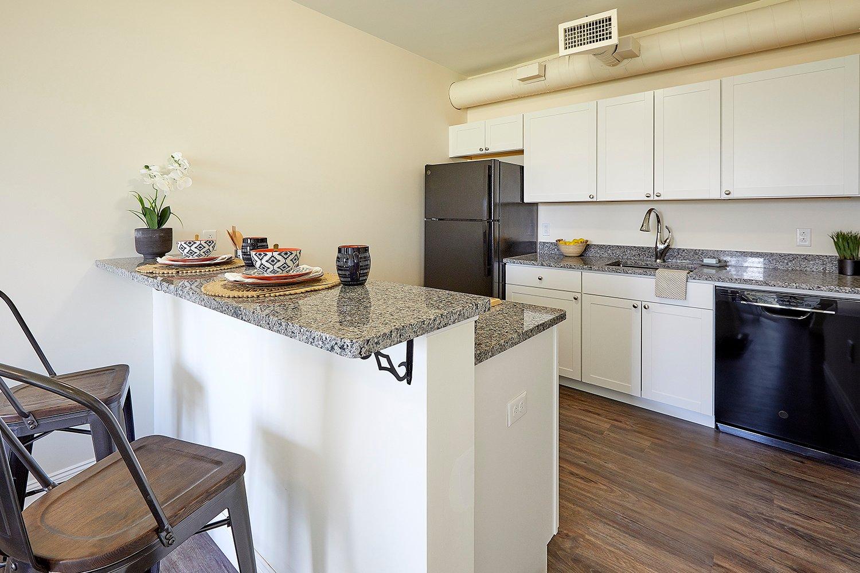 132 Marginal Way – The Linden – Apartment 448 **Top Floor! FREE Month of Rent!!**